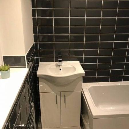 Bathrooms image 23